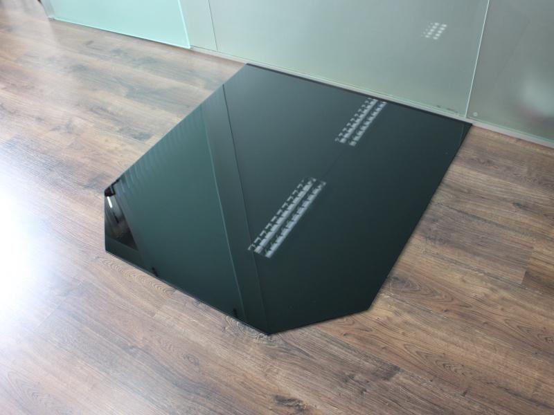 sechseck 85x110cm glas schwarz funkenschutzplatte kaminbodenplatte glasplatte unterlage ofen. Black Bedroom Furniture Sets. Home Design Ideas
