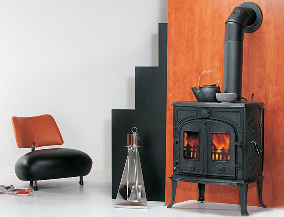 eek a kaminofen globe fire comet 8 kw. Black Bedroom Furniture Sets. Home Design Ideas