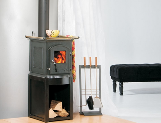 eek a kaminofen gussofen globe fire pluto 5 kw. Black Bedroom Furniture Sets. Home Design Ideas